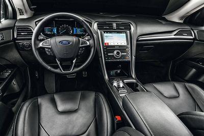 2014 Ford fusion - новые надувные ремни безопасности для задних пассажиров
