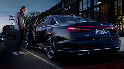 Audi обновила кроссоверы q3 и rs q3