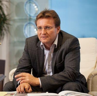 Денис петрунин, управляющий директор гк «автоимпорт», рязань («автостат»)