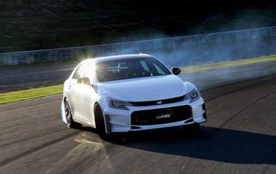 Gazoo racing представил спецверсию toyota mark x grmn