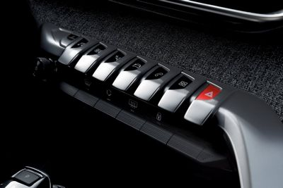 Краш-тесты электромобиля nissan leaf и гибрида chevrolet volt показали высокий уровень защиты пассажиров