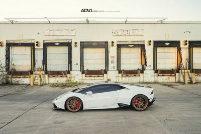 Lamborghini huracan на дисках от adv.1 wheels
