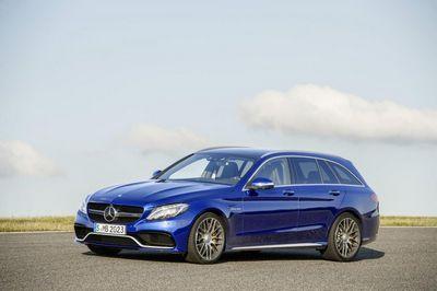 Mercedes презентовал «заряженные» версии c63 amg и c63 amg s