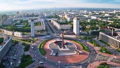 На московском автосалоне расчехлили новый mercedes-benz gl 63 amg