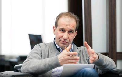 Павел шестопалов, глава дилерского холдинга «автоплюс» («66.ru»)
