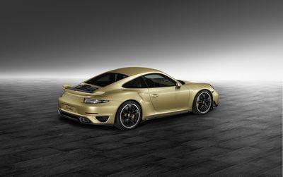 Porsche обновил 911-й снаружи и внутри