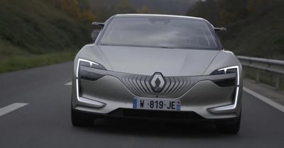 Renault представила новый хетчбэк clio