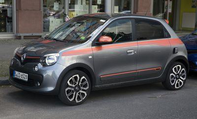 Renault twingo нового поколения стал заднемоторным