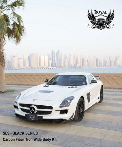 Royal customs стилизовал mercedes sls amg под версию black series