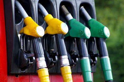 С нового года бензин может подорожать в 1,5 раза (+ интервью)