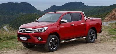 Toyota отзывает в россии пикапы hilux - «автоновости»