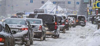 Власти москвы попросили водителей пересесть на общественный транспорт из-за снегопада - «автоновости»